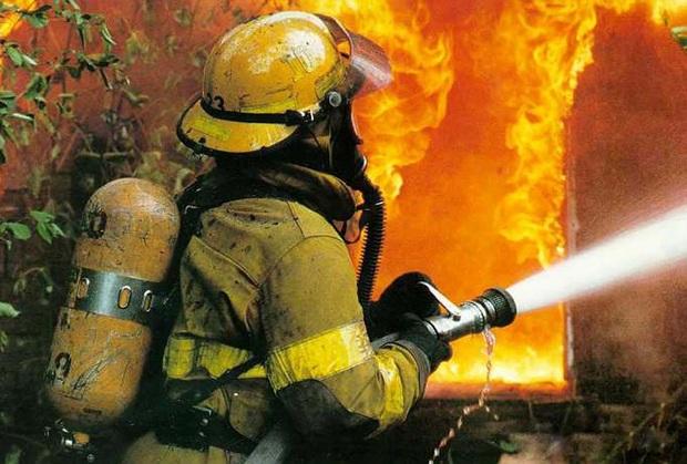 80 آتش نشان بجنورد از مزایای مشاغل سخت بهره مند شدند