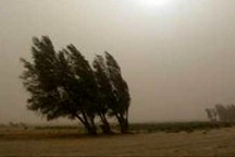 وزش باد با سرعت 90 کیلومتر در سیستان و بلوچستان  دریای عمان مواج میشود
