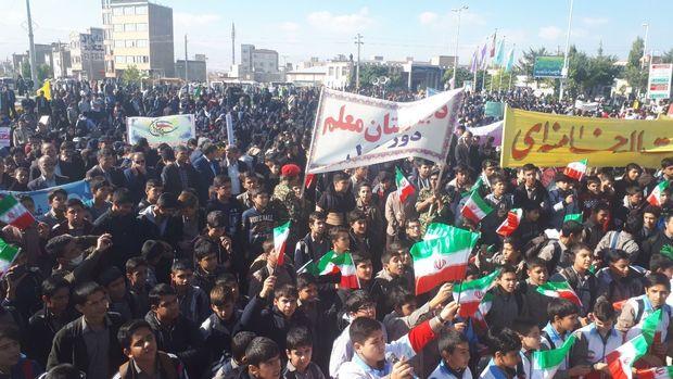 سیاست آمریکا نسبت به نظام جمهوری اسلامی خصمانه است
