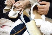 رشته های صنایع دستی در بانه رایگان آموزش داده می شود