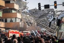 آخرین اخبار از روز اول حادثه پلاسکو؛ ساختمان پلاسکو فروریخت/ مردم ازدحام نکنند/ اسامی مصدومان