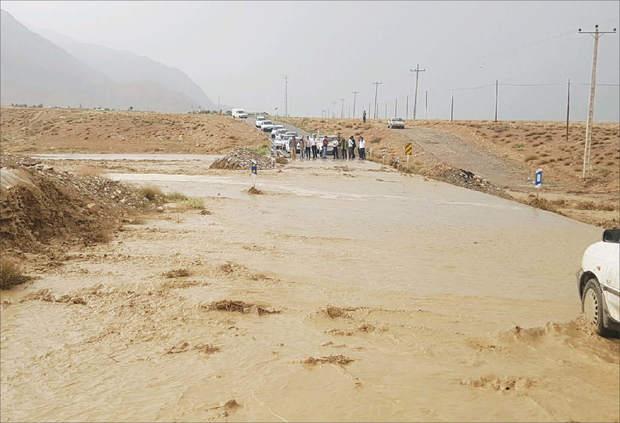 بارندگی 10 میلیارد ریال به بخش کشاورزی ندوشن خسارت وارد کرد