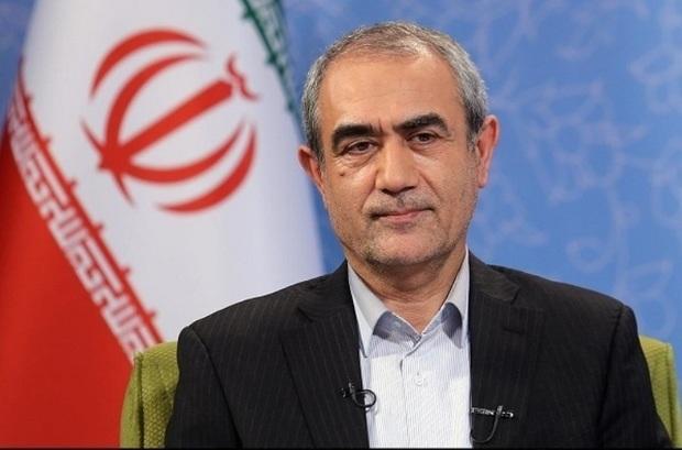 استاندار آذربایجان شرقی خواستار رسیدگی به قطع بیمه قالیبافان شد