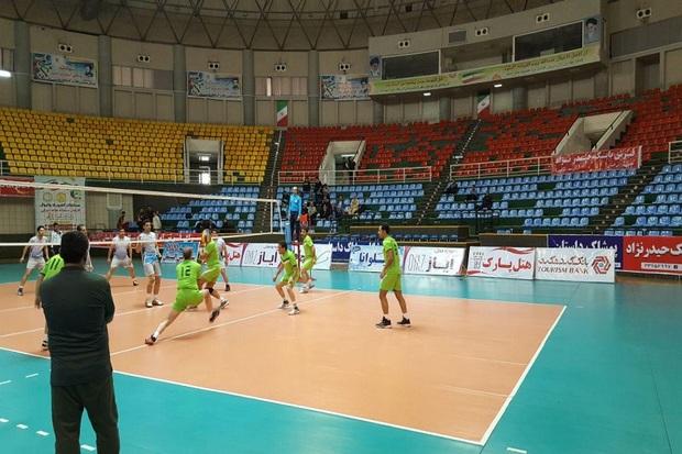مسابقات والیبال مردان کارمند کشور در ارومیه آغاز شد