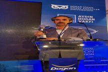 کاریکاتوریست اردبیلی مدال نقره ممسابقه بینالمللی پرتغال را کسب کرد