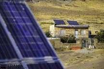 120سامانه برق خورشیدی بربام منازل مددجویان شیرازنصب شد
