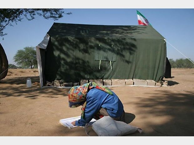 دانش آموزان عشایری دزفول نیازمند چادر و کانکس هستند