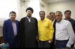 دیدار جمعی از آزادگان با سید حسن خمینی
