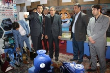 بازدید استاندار زنجان از غرفه شرکت آب و فاضلاب استان زنجان