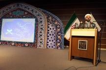 قرآن بزرگترین مکتوب هنری جهان هستی است