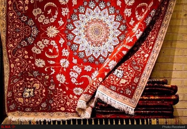 کاهش صادرات فرش کرمان به ۳۰ میلیون دلار  از دست رفتن جایگاه استان در بخش صادرات