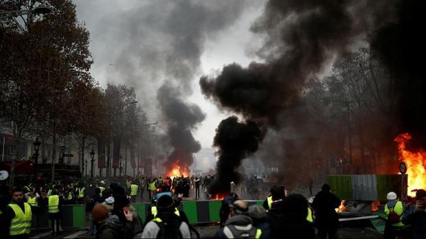 گسترش اعتراضها در فرانسه