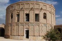 فرماندار تیران و کرون خواهان تسهیل بازدید از نقاط کردشگری شد