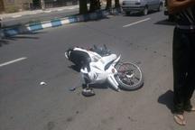 برخورد مینی بوس با موتور سیکلت در قزوین یک کشته برجا گذاشت