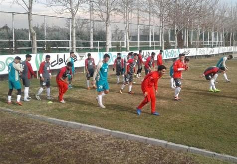 تمرینات تیم فوتبال امید ایران پشت درهای بسته