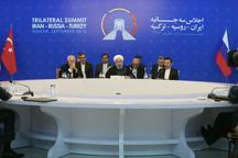 روحانی: در هر گونه راه حلی برای آینده سوریه نقش اول و آخر از آن ملت سوریه است/ حضور و مداخله غیر قانونی آمریکا در سوریه باید فورا پایان یابد/ راه مردمسالاری از لوله تفنگ نمیگذرد