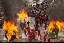 مراسم سنتی آتش زدن خیام در آستانه اشرفیه برگزار شد