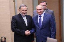 ولایتی: رهبری به روابط ایران و روسیه به عنوان رابطه راهبردی و استراتژیک نگاه میکنند | پوتین خواستار همکاری نفتی تا سقف ۵۰ میلیارد دلار
