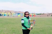 سرمربی تیم فوتبال نورآباد: سوئیچ ماشینم را گرو گذاشتم