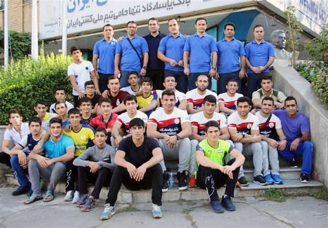 پرواز تیم ملی کشتی آزاد به تهران نرسید!