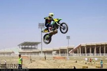 رقابتهای موتورکراس قهرمانی کشور در گناباد آغاز شد
