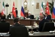 روحانی: بحران سوریه و سایر بحرانهای مشابه در منطقه، باید با راهکارهای صلحآمیز و توسط مردم منطقه حل و فصل شود/ حضور نامشروع نیروهای نظامی آمریکا در خاک سوریه تمامیت ارضی و حاکمیت ملی این کشور را به خطر انداخته است
