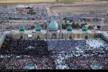 قم باید قطب گردشگری مذهبی ایران باشد