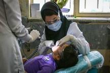 کلینیک سیار دندانپزشکی فسا به روستای محروم زیتونک اعزام شد