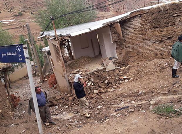 باران به چند منزل روستای شاهکوه گرگان خسارت وارد کرد