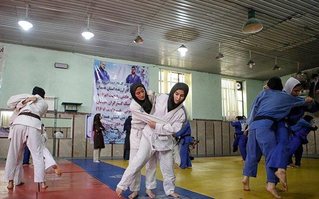 بانوان جودوکار همدان افتخاری برای ورزش استان هستند