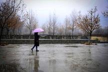 وقوع رعد و برق و بارش پراکنده باران در گیلان