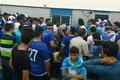 ازدحام هواداران مازنی استقلال مقابل هتل اقامتی بازیکنان