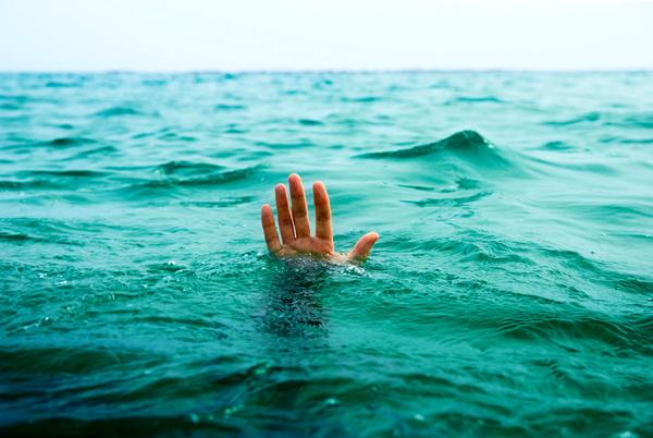 یک نوجوان ۱۵ ساله در سیلاب اهواز غرق شد