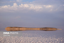 حجم آب دریاچه ارومیه، 4 میلیون مترمکعب افزایش یافت