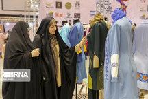 صاحبان ۵۰ درصد تولیدیهای لباس قم تغییر شغل داده اند