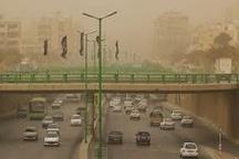 گرد و غبار همدان را فرا می گیرد   سالمندان، بیماران و کودکان در منازل بمانند