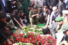 پیکر 2 شهید گمنام در قشم به خاک سپرده شد