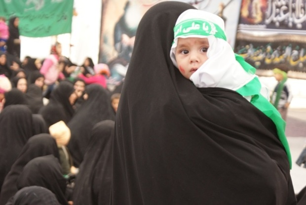 همایش شیرخوارگان حسینی در مهریز برگزار شد