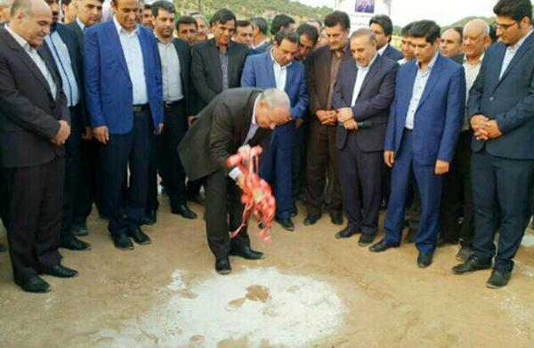 کارخانه شیر پگاه لرستان از دیگر استانها نیاز خود را تامین میکند