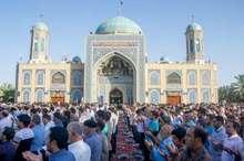 نماز عید فطر در طبس اقامه شد
