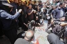 پیکر خواننده بهنام صفوی در شاهین شهر به خاک سپرده شد