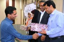 120نفر ازتلاشگران عرصه بهداشت و سلامت در مدارس رودان تجلیل شدند