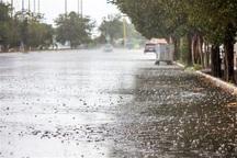 بارش ها سبب آبگرفتگی معابر کرج شده است
