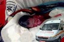 تولد نوزاد لردگانی در آمبولانس