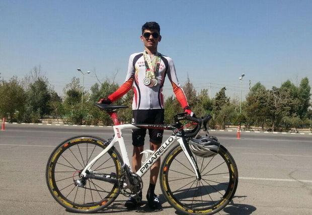 دوچرخهسوار کرمانشاهی چهار مدال رنگارنگ بر گردن آویخت