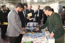 مدیرکل ارشاد خراسان رضوی از نمایشگاه کتاب مشهد بازدید کرد