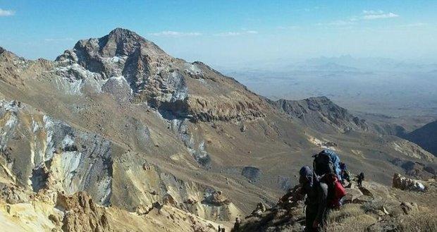 کوهنوردان فسا به قله تفتان سیستان و بلوچستان صعود کردند