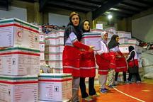 100 بانوی امدادگر به سیل زدگان خوزستان خدمت رسانی می کنند
