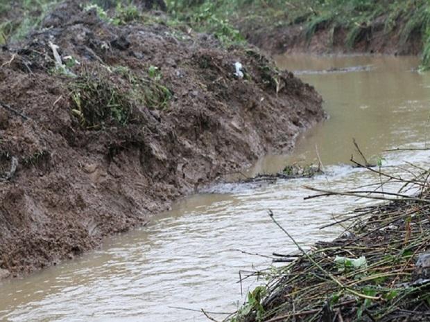 آغاز بازسازی کانال آب در سطح 100 هکتار از شالیزارهای آستارا