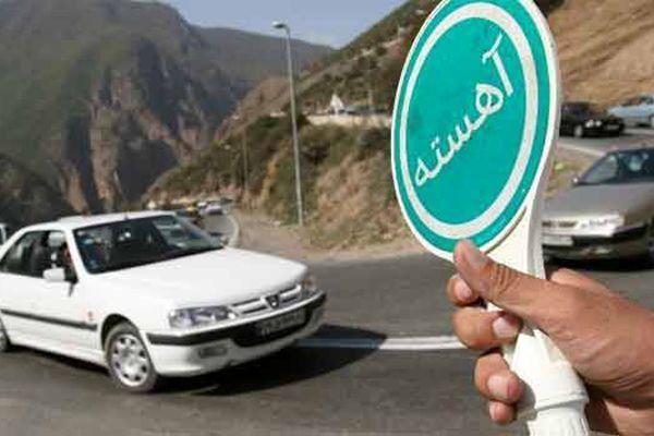 ترافیک در جاده های ییلاقی تفت و مهریز پرحجم ولی روان است